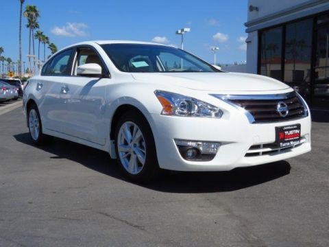 New 2015 Nissan Altima 2.5 SL FWD 4D Sedan