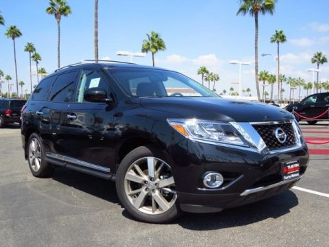 New 2015 Nissan Pathfinder Platinum With Navigation & 4WD