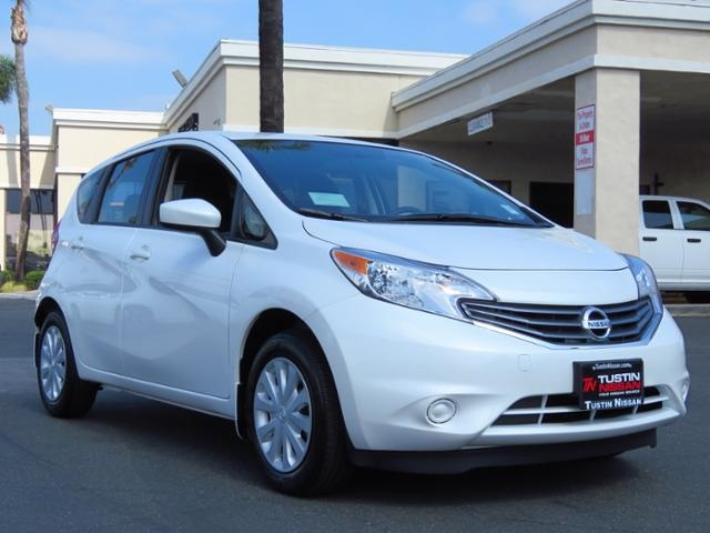 new 2015 nissan versa note sv 4d hatchback in tustin. Black Bedroom Furniture Sets. Home Design Ideas